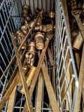 Tubos y armadura de cobre fotos de archivo