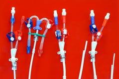 Tubos y mangueras para el uso en puente a los pacientes con stasis graso en las arterias fotos de archivo libres de regalías