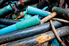 A tubulação das sucatas para recicl Fotografia de Stock Royalty Free