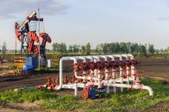 Tubulação de óleo do bombeamento Fotos de Stock