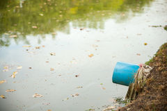 Tubulação de dreno no parque Imagens de Stock