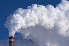 Tubulação de fumo da fábrica Foto de Stock Royalty Free