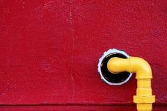 Tubulação de gás amarela Fotografia de Stock