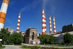 Tubulação de seis fábricas. Rússia Foto de Stock Royalty Free