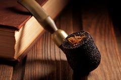 Tubulação e tabaco de madeira Fotos de Stock Royalty Free
