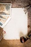 Tubulação, papel velho e dinheiro velho Fotografia de Stock Royalty Free