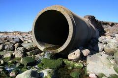 Tubulação waste da água de esgoto Foto de Stock