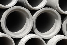 Tubulações concretas da drenagem no canteiro de obras Fotografia de Stock Royalty Free