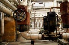 Tubulações da indústria e sistemas da indústria Foto de Stock Royalty Free