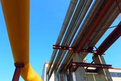 Tubulações de aço amarelas Negócio industrial Foto de Stock Royalty Free