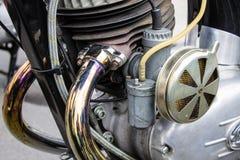 Tubulações de exaustão do close up do motor da bicicleta da motocicleta Foto de Stock