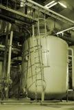 Tubulações dentro da planta de energia Fotografia de Stock Royalty Free