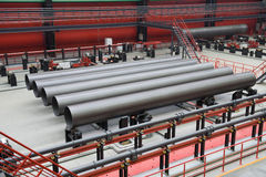 tubulações do Grande-diâmetro para o gás natural fotografia de stock royalty free