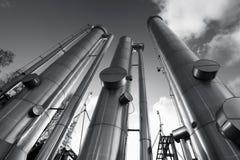 Tubulações do petróleo, do gás e de combustível foto de stock