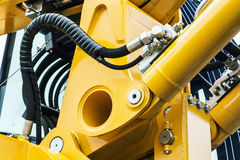 Tubulações e bocais da hidráulica, trator ou o outro equi da construção imagem de stock