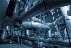 Tubulações e máquinas industriais Imagem de Stock Royalty Free
