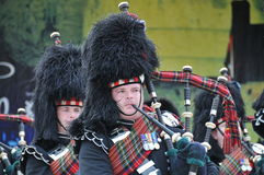 Tubulações escocesas no tatuagem das forças armadas de Edimburgo Imagem de Stock