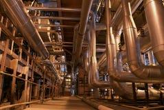 Tubulações na central energética Imagens de Stock