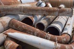 Tubulações oxidadas do metal fotos de stock royalty free