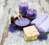 Tuch, Seife und Efeu Stockbilder