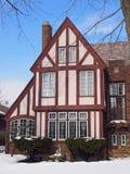 Tudor样式房子 库存照片