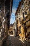 Tudor Architecture - calle en Francia Imágenes de archivo libres de regalías