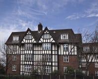 Tudor Häuser Lizenzfreie Stockfotografie