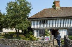 Tudor House ett medeltida timrat hus i Margate Fotografering för Bildbyråer
