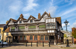 Tudor House i stadsmitt av Southampton Arkivfoto