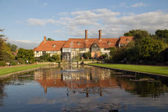 Tudor inramade huset Arkivbilder