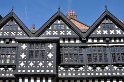 Tudor Landsitz-Haus Lizenzfreie Stockbilder