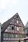 Tudor stilhus - ursnygg egenskap i hjärtan av Tyskland royaltyfria bilder
