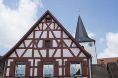 Tudor stilhus - ursnygg egenskap i hjärtan av Tyskland royaltyfria foton