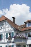 Tudor stilhus - ursnygg egenskap i hjärtan av Tyskland royaltyfri fotografi