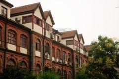 Tudor stylu budynki mieszkaniowi Obraz Stock