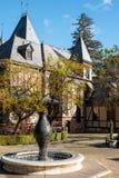 Tudor-Villa, Weinkellerei Stockfotos