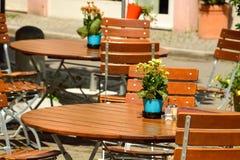 Tuebingen,德国老镇的咖啡馆  免版税库存照片