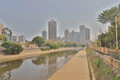 Tuen Mu天时间的一个屯门河沿公园 免版税库存图片