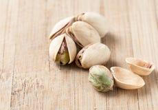 Tuercas de pistacho saladas y asadas Imagen de archivo libre de regalías