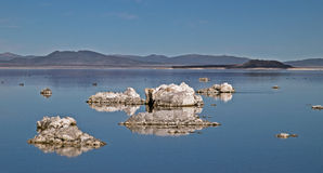 Tufas at mono lake Royalty Free Stock Image