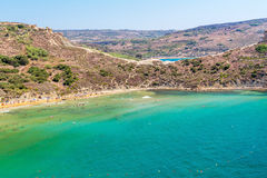 Tuffieha fjärdstrand, Malta Royaltyfria Foton