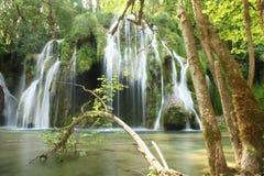 Tufss vattenfall royaltyfri bild