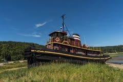 Tug Boat dans le chantier naval Image libre de droits