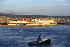 Tug Boat nel porto fotografia stock libera da diritti