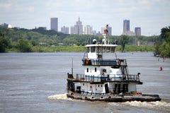 Tug Boat On The Mississippi River Heading Towards Saint Paul, Minnesota. Royalty Free Stock Photos