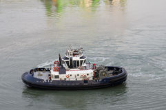 Tug boat on the Panama Canal Royalty Free Stock Image