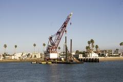 Tug Crane dans le port Images libres de droits