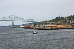 Tugboat προς Astoria Στοκ εικόνα με δικαίωμα ελεύθερης χρήσης