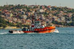 Tugboat σε Bosphorus Στοκ Φωτογραφία
