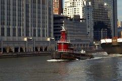 Tugboat em Manhattan imagens de stock royalty free